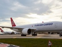 Turkish Cargo dört yeni yapay zeka robotunu tanıttı
