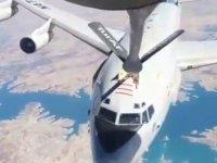 Türk Hava Kuvvetleri NATO'ya ait uçağa havada yakıt ikmali yaptı