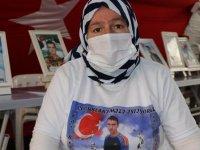 Diyarbakır annelerinden Üçdağ: 17 yıl PKK ve HDP'ye evlat beslemedim. Çocuğumu versinler