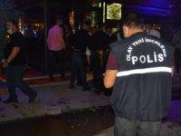 Restoran önünde silahlı saldırıya uğrayan kadın, yaralandı