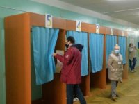 Kiev'de belediye başkanlığı seçiminde Kliçko rakiplerine fark attı