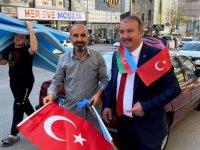 Sitelerden Azerbaycan'a destek