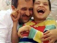 AK Parti Kastamonu eski İl Başkanı Uluay'ın engelli kızı, koronavirüs nedeniyle hayatını kaybetti