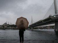 İstanbul'da yağış etkili olmaya başladı