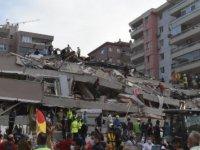 Ege Denizi'ndeki deprem İzmir'i vurdu: 12 ölü, 607 yaralı