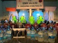 İzmir'de 972 litre kaçak içki ele geçirildi