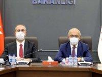 Hazine Bakanı Elvan ile Adalet Bakanı Gül, TÜSİAD üyeleriyle biraraya geldi