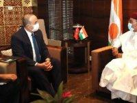 Dışişleri Bakanı Çavuşoğlu,  Nijer Cumhurbaşkanı ile görüştü