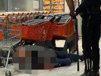 Boşanma aşamasındaki eşini çalıştığı markette av tüfeğiyle öldürdü