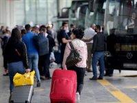 Otobüsçüler şehirler arası seyahatte 'özel araç' kararından memnun