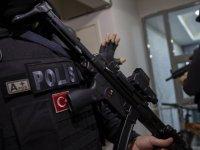 Polise alçak saldırı:  İki polis memuru yaralandı