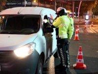 Ankara'da kesintisiz sokağa çıkma kısıtlaması denetimlerle başladı