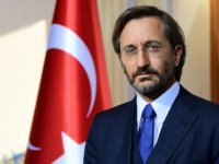 Cumhurbaşkanlığı İletişim Başkanı Altun gençleri Kızılay gönüllüsü olmaya davet etti