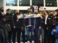 Mesut Özil İstanbul'da: Bir rüya benim için de gerçekleşiyor