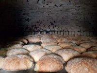 Ekmekler 650 yıllık maya ile yapılıyor
