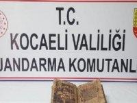 Kocaeli'nde deri üzerine yazılmış İncil ele geçirildi