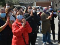 Datça'da kaçak bina sahipleri belediye binası önünde eylem yaptı: Yıkımlar durdurulsun