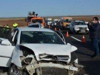 Terhis olan asker kazada öldü; 4 yaralı