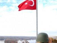 MSB: Yunanistan'a kaçmaya çalışan 1'i FETÖ, 2'si PKK terör örgütü üyesi yakalandı