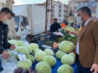 Başkan Çetin'den pazar ziyareti