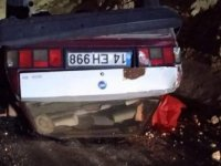 Takla atan otomobildeki karı- kocayı ölüm ayırdı