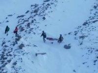 Hasan Dağı'nda mahsur kalan 2 dağcı kurtarıldı