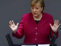 Düşünce kuruluşları Almanya'nın 2021 büyüme tahminini düşürdü