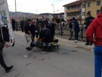 Sokak ortasında tartıştığı eniştesini bacağından vurdu