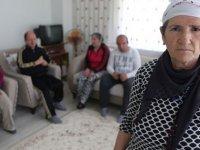 Fedakar anne; 45 yıldır 4 engelli çocuğuna bakıyor
