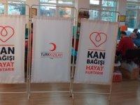 Gazeteci Hasan Tahsin İlkokulu'nda kan bağışı etkinliği