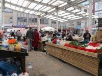 Seğmenler Pazar Yeri içinde kurulan Köylü Pazarı yeni yüzüyle hizmete açıldı
