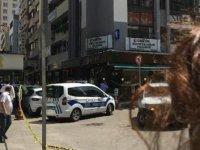 İzmir'de HDP binasında silah sesleri! Ekipler alarma geçti