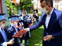 Minikler mezun oldu