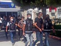 Didim'de otomobilde uyuşturucuyla yakalanan 5 kişi tutuklandı