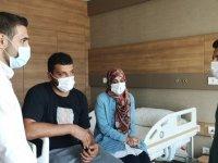 25 yaşında felç kalacaktı Türkiye'de hayata tutundu