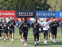 Beşiktaş Altay'a konuk olacak