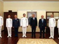 Milli Savunma Bakanı Akar 'Bahriyeliler'le bir araya geldi