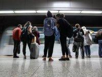 Marmaray'da yolcular hem mobil internetten yararlanacak hem de sesli görüşme yapabilecek