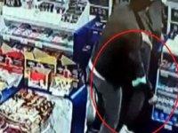 Başkent Ankara'da bıçaklı saldırı kamerada: 1 yaralı