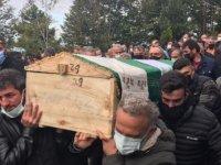 Kaçak ocaktaki göçükte ölen madenci toprağa verildi