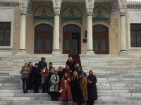 Hanımlar Etnografya müzesini gezdi