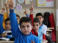 """Erdoğan'ın """"geleceğin siyasetçisi"""" dediği minik öğrenci konuştu"""