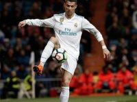 Ronaldo Real Madrid'i galibiyete taşıdı