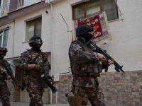 İzmir ve Eskişehir'de DEAŞ operasyonu: 18 gözaltı