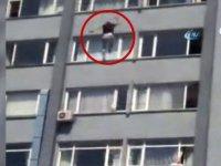 Şişli Etfal hastanesinde bir kişi 7. kattan aşağı atladı