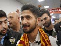 Emre Akbaba Galatasaray için İstanbul'a geldi