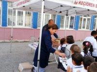 Miniklere okula alışma desteği