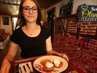 Akçakoca'nın otantik lezzeti 'Melengücceği tatlısı'
