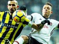 Derbi öncesi Fenerbahçe'de şok! Yıldız izim kamptan ayrıldı! Muhtemel 11'ler