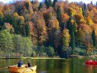 Saklı cennet Karagöl sonbaharda bir başka güzel